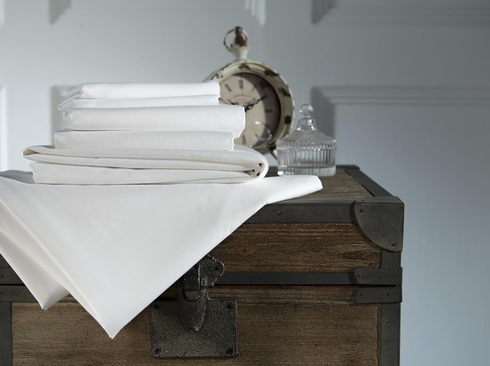 Cearceaf de pat cu elastic Behrens 800TC 180x200cm Alb poza