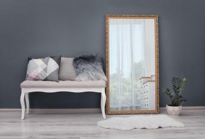 Oglinzi decorative moderne: Cum sa le folosesti pentru a reflecta luxul in orice colt al casei?