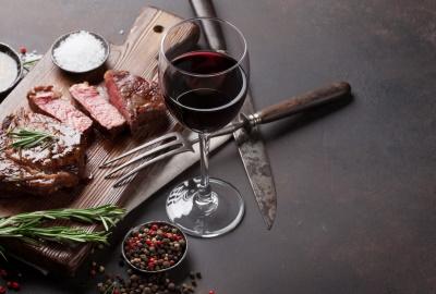 La ce temperatura se bea vinul rosu - Lucruri stiute și nestiute despre licoarea lui Bachus