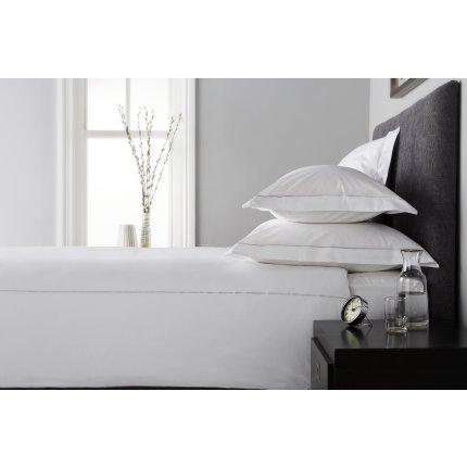Lenjerie de pat Behrens Single Row, colectia Embellished Design, 230x220cm, 2 fete perna 50x75cm, alb-gri