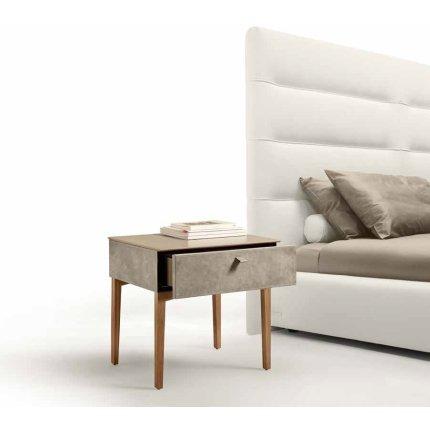Noptiera Gamma K007-A, top Terra Ceramic, piele Burt F613, picioare lemn Noce Canaletto, HandMade in Italy