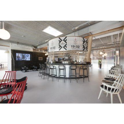 Scaun inalt Kartell Masters Stool design Philippe Starck & Eugeni Quitllet, 65cm, ruginiu