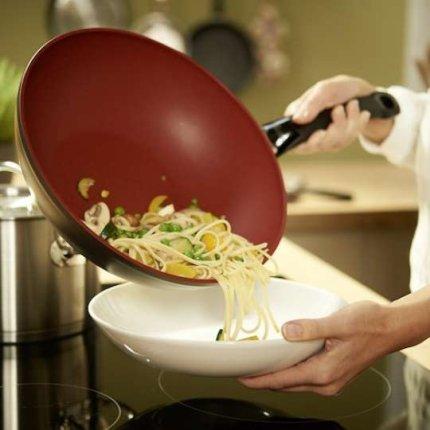 Tigaie tip Wok Fissler Protect SensoRed 28 cm, acoperire ceramica, inductie