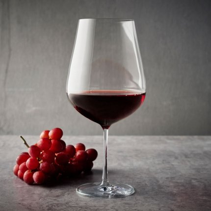 Pahar vin rosu Schott Zwiesel Air, design Bernadotte & Kylberg, 625ml
