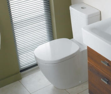 Set complet vas WC Ideal Standard Connect Cube cu rezervor si capac inchidere lenta