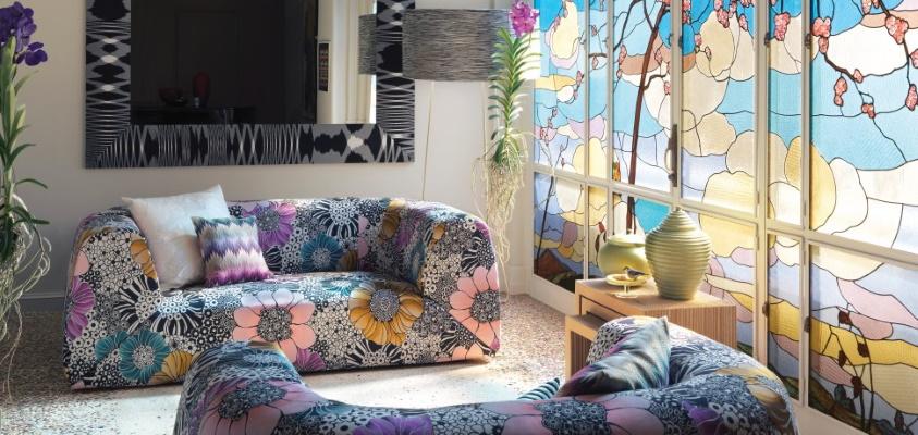 Canapea colorata cu model floral abstract Missoni Home