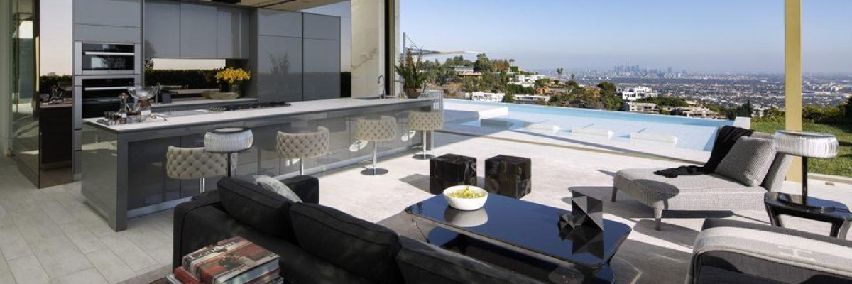 Interior Casa Opus din Beverly Hills
