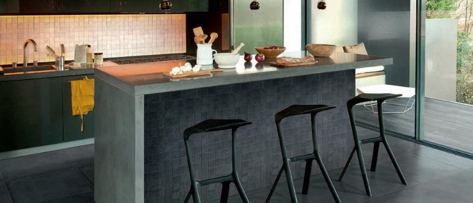 Bucatarie moderna cu gresie si faianta Iris Ceramica